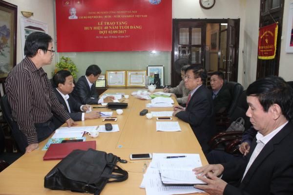 Lãnh đạo Đảng ủy Khối Công nghiệp Hà Nội có buổi làm việc với Chi bộ Hiệp hội Bia – Rượu – Nước giải khát Việt Nam